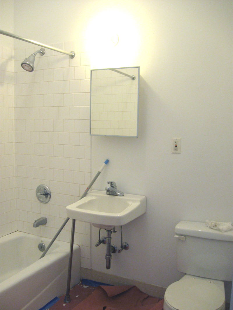 4d for rent at 318 grand street the historic ballroom building in eramic tile bathroom 4d in williamsburg brooklyn loft apartment dailygadgetfo Image collections